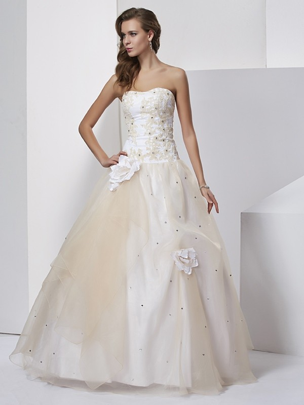 Ball Gown Sweetheart Hand-Made Flower Tulle Quinceanera Dresses