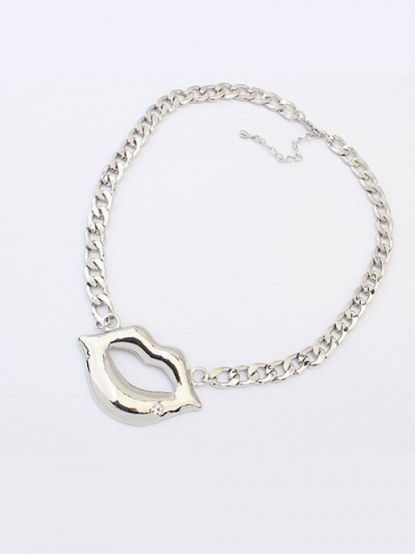 Latest Occident Hyperbolic Flash Drilling Sexy Lip Print Hot Sale Necklace