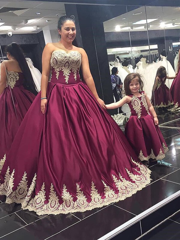 Sweetheart Satin Applique Floor-Length Plus Size Ball Gown Prom Dresses