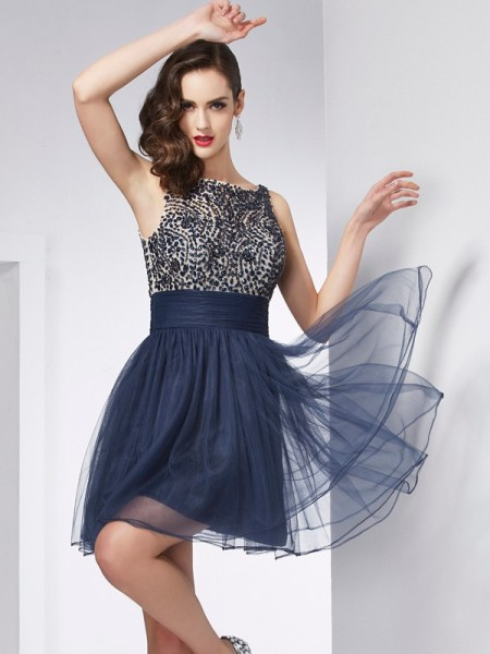 Sheath Bateau Beading Tulle Short Homecoming Dresses