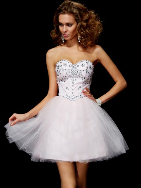 A-Line Sweetheart Beading Organza Short Homecoming Dresses