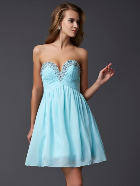 A-Line Sweetheart Beading Chiffon Short Homecoming Dresses