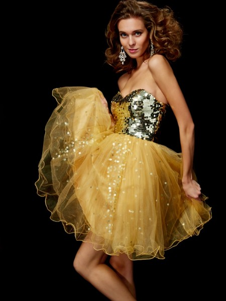 A-Line Sweetheart Paillette Tulle Short Homecoming Dresses