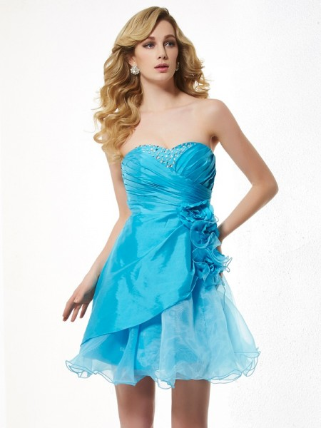 A-Line Sweetheart Beading Short Taffeta Homecoming Dresses