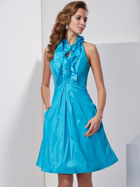 A-Line Halter Ruffles Short Taffeta Homecoming Dresses