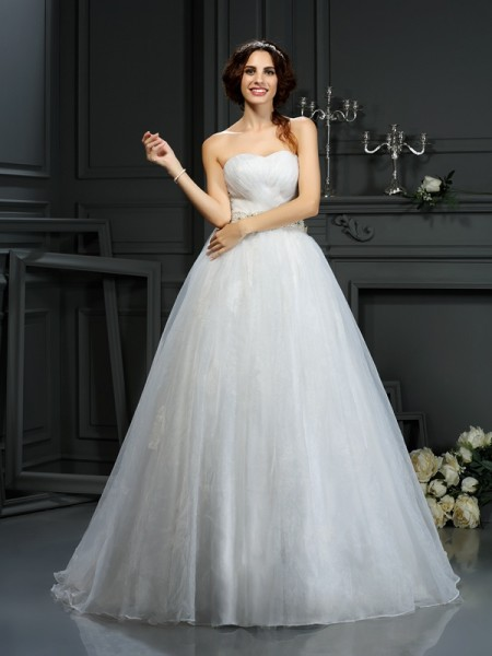 A-Line Sweetheart Applique Organza Wedding Dresses