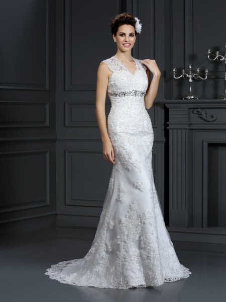 Sheath V-neck Beading Lace Wedding Dresses