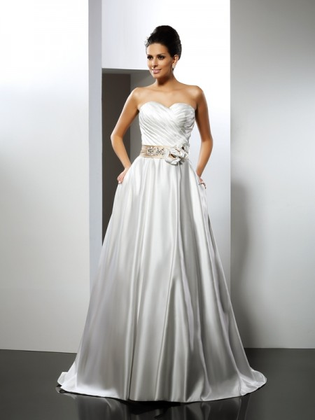 A-Line Sweetheart Hand-Made Flower Satin Wedding Dresses