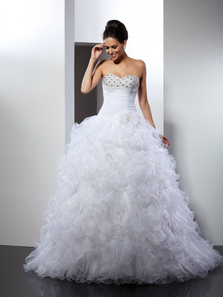 Sweetheart Beading Organza Ball Gown Wedding Dresses