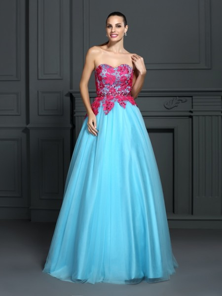 Sweetheart Lace Satin Ball Gown Quinceanera Dresses