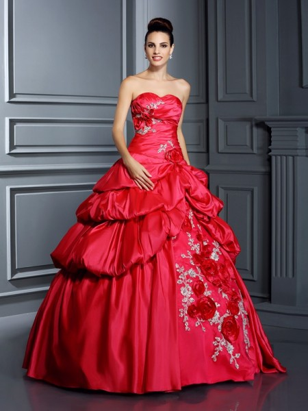 Sweetheart Hand-Made Flower Taffeta Ball Gown Quinceanera Dresses