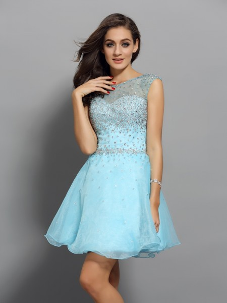 A-Line Scoop Beading Short Organza Homecoming Dresses