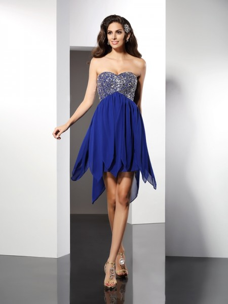 A-Line Sweetheart Beading Short Chiffon Homecoming Dresses