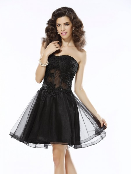 A-Line Sweetheart Applique Short Satin Homecoming Dresses