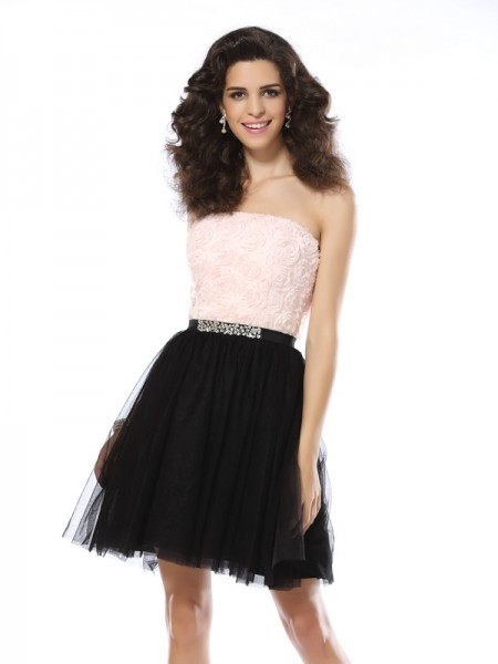 A-Line Strapless Short Tulle Homecoming Dresses