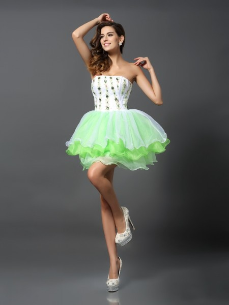 A-Line Strapless Ruffles Short Organza Homecoming Dresses