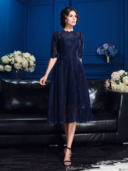 A-Line Jewel Lace Short Lace Mother of the Bride Dresses