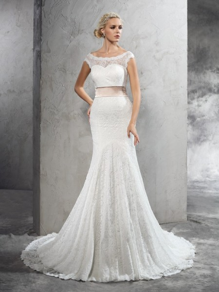 Sheath Sheer Neck Sash/Ribbon/Belt Lace Wedding Dresses