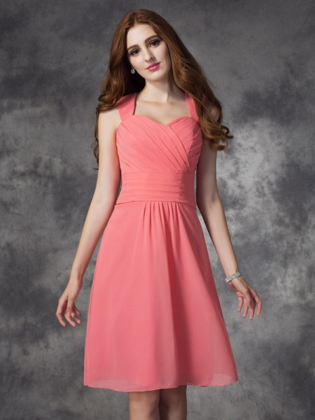 A-Line Straps Ruched Short Chiffon Bridesmaid Dresses