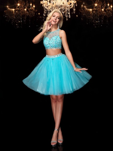 A-Line Scoop Rhinestone Short Net Homecoming Dresses