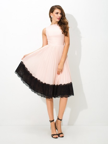 A-Line High Neck Lace Short Chiffon Homecoming Dresses