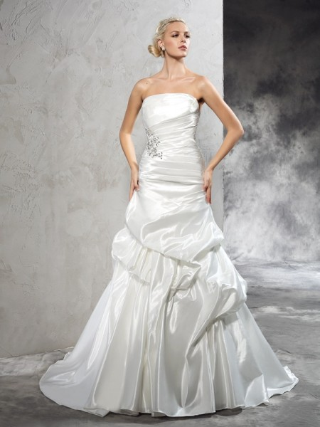 Sheath Strapless Pleats Satin Wedding Dresses