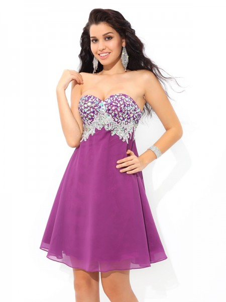 A-Line Sweetheart Rhinestone Short Chiffon Homecoming Dresses