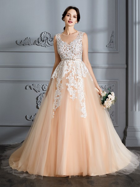Scoop Court Train Tulle Ball Gown Wedding Dresses