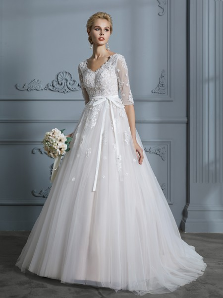 V-neck Court Train Lace Tulle Ball Gown Wedding Dresses