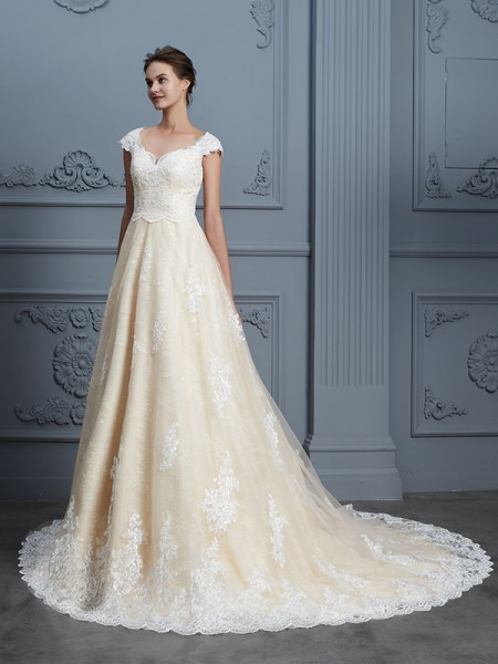 Ball Gown Sweetheart Beading Court Train Lace Wedding Dresses