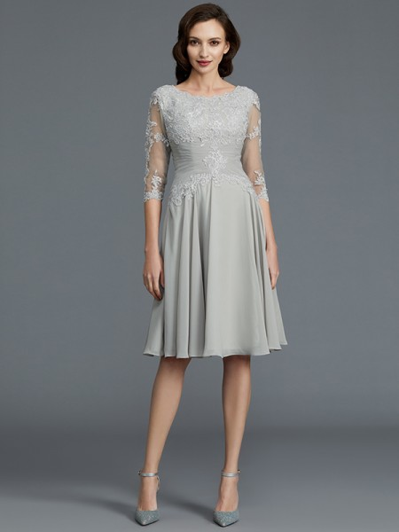 A-Line Scoop Knee-Length Applique Chiffon Mother of the Bride Dresses
