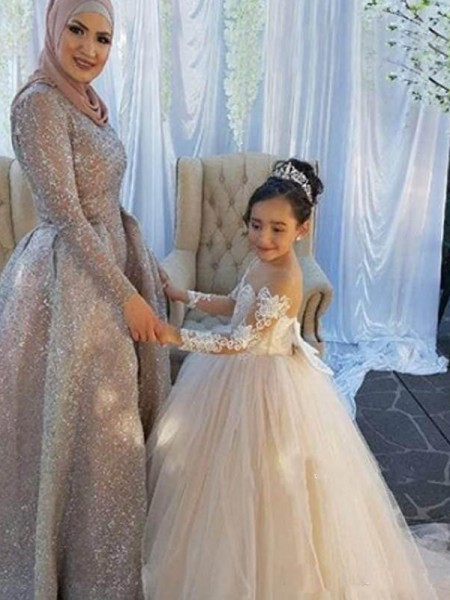 Ball Gown Long Sleeves Off-the-Shoulder Sweep/Brush Train Applique Tulle Flower Girl Dresses