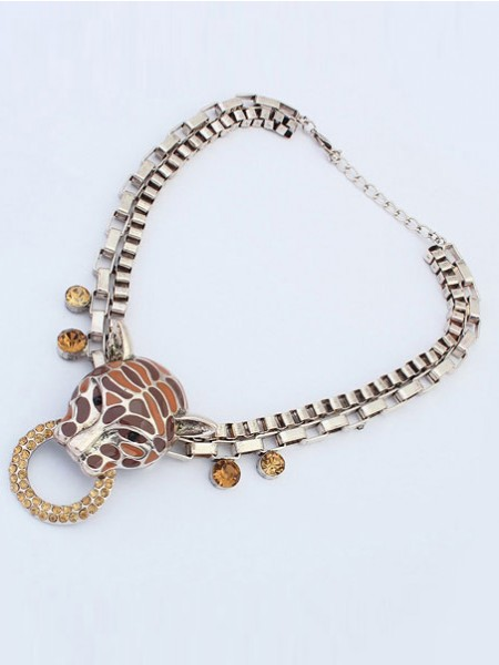 Latest Occident Personality Metallic Leopard Punk Hot Sale Necklace