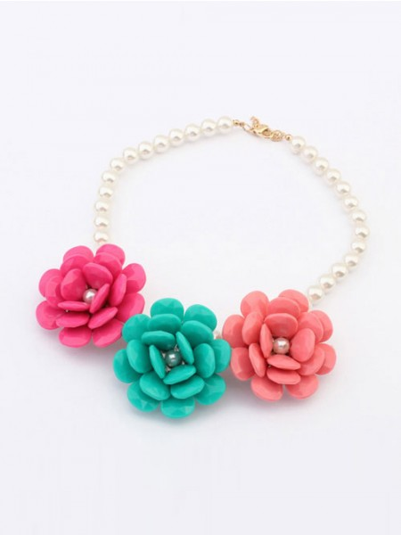 Latest Occident Candy colors Imitation pearls Big Flowers Hot Sale Necklace