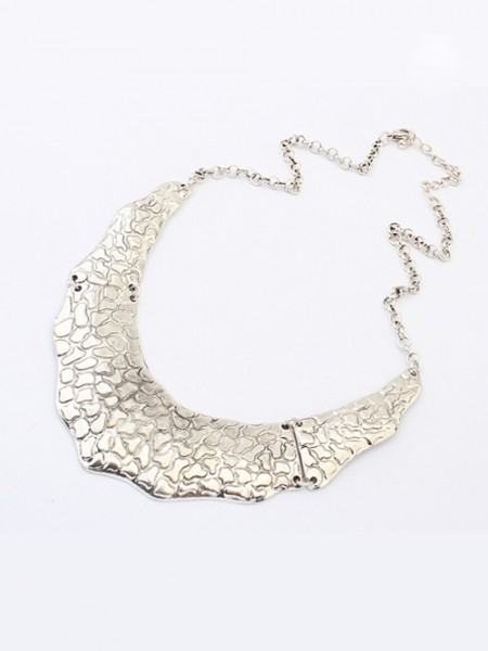 Latest Occident Trendy Retro Metallic Street Shooting Hot Sale Necklace