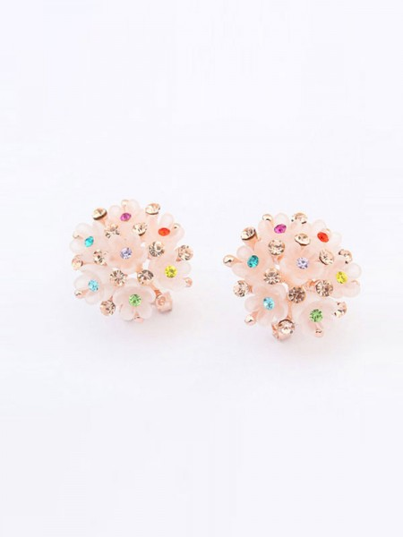 Latest Occident All-match Floret Hot Sale Ear Clip