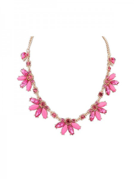 Latest Occident All-match Fresh Sweet Hot Sale Necklace