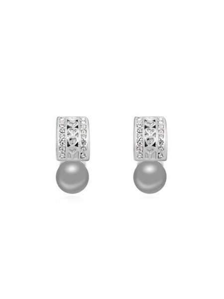 Latest Austria Pearls Stud Hot Sale Earrings