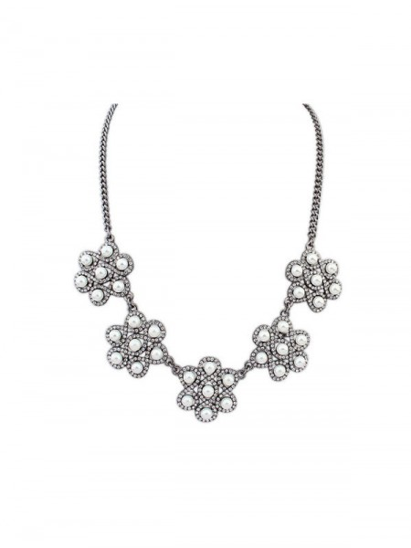 Latest Occident Retro Palace Temperament All-match Hot Sale Necklace