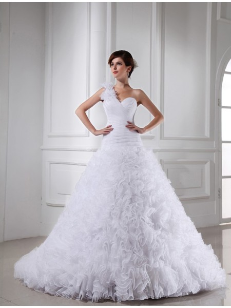 Beading One-shoulder Sweetheart Organza Ball Gown Wedding Dresses