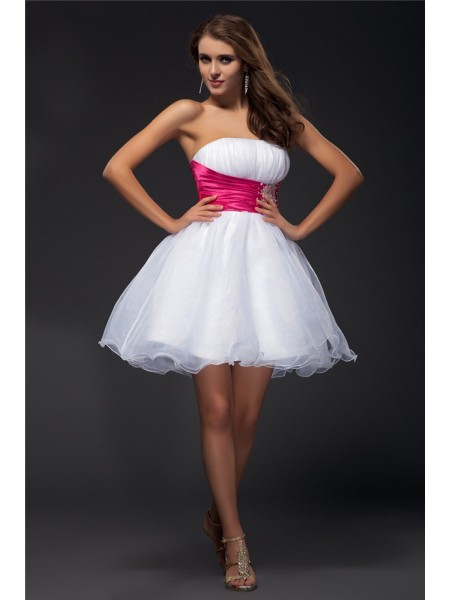 A-Line Strapless Beading Sash Short Organza Elastic Woven Satin Homecoming Dresses