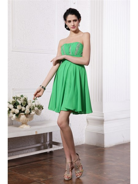 Sheath Strapless Beading Pleats Short Chiffon Homecoming Dresses