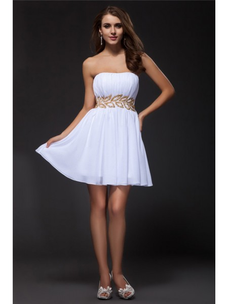 A-Line Strapless Beading Short Chiffon Homecoming Dresses