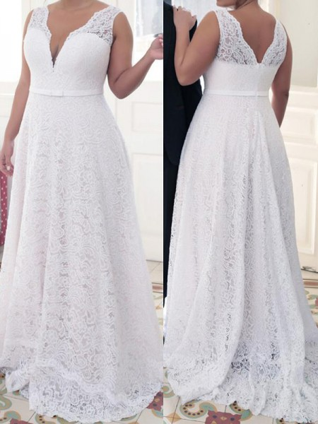 A-Line V-neck Lace Sweep/Brush Train Lace Plus Size Prom Dresses