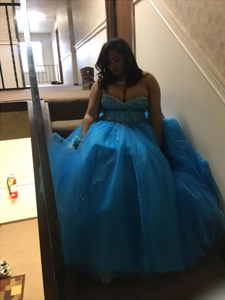 Sweetheart Beading Floor-Length Tulle Plus Size Ball Gown Prom Dresses