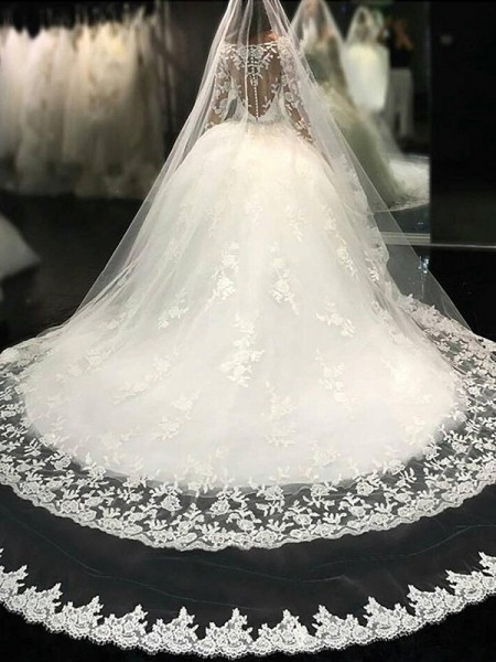 Scoop Lace Cathedral Train Applique Tulle Ball Gown Wedding Dresses