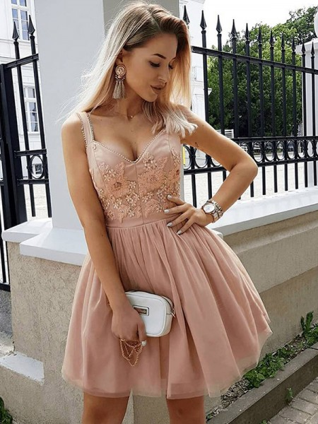 A-Line Straps Tulle Beading Short/Mini Homecoming Dresses