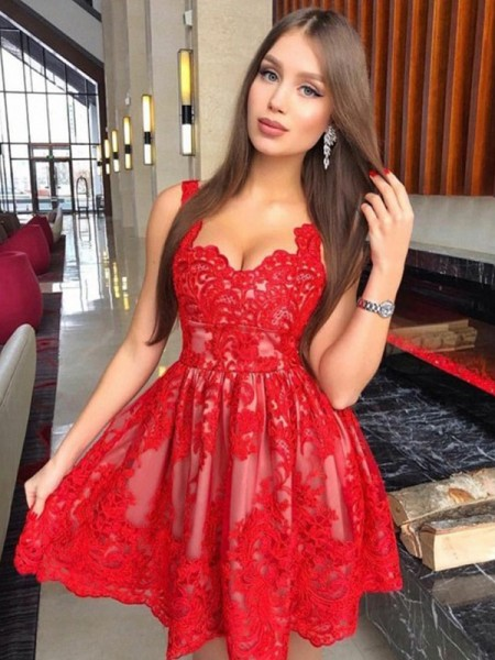 A-Line Straps Lace Applique Short/Mini Homecoming Dresses