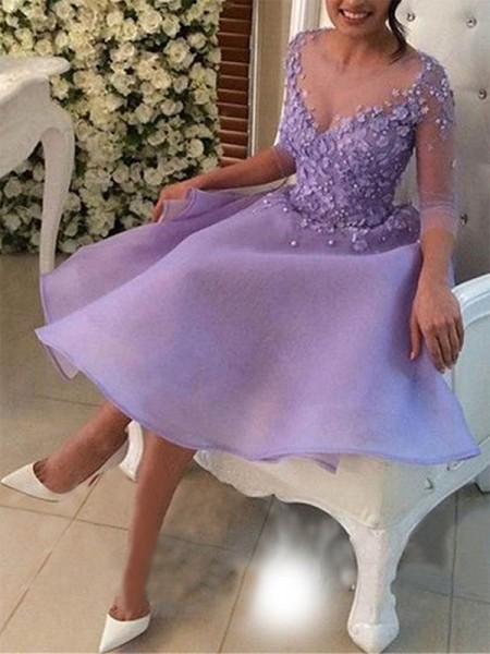 V-neck Cut Short With Applique Organza Lilac A-Line Homecoming Dresses