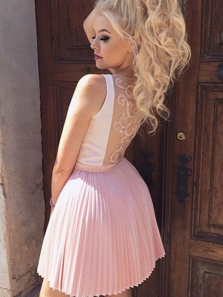 A-Line Satin Pleats V-neck Short/Mini Homecoming Dresses